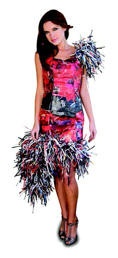Shredded paper - the perfect accessory.