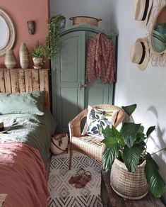 When I want to give my room an little makeover I simply change the colour of the chimney breast and change up the duvet. Room Ideas Bedroom, Bedroom Decor, Aesthetic Room Decor, Cozy Room, Dream Rooms, Room Inspiration, Diy Home Decor, Interior Design, Home Design