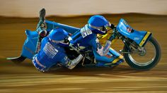 Sidecar Speedway action in Alice Springs