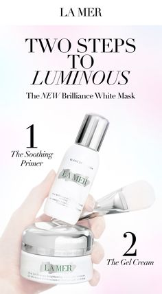 1.After cleansing, sweep several drops of the Soothing Primer onto the face and massage into skin. Concentrated actives and nutrients are suspended within this delicate fluid formula. 2.An ultra-soft and velvety brush elevates the experience. Use it to sweep this rich gel upward from the neck and outward from the center. Allow it to melt into skin and infuse for eight minutes. 3.Gently massage pressure points to quiet the mind and deepen the moment of respite and bright.
