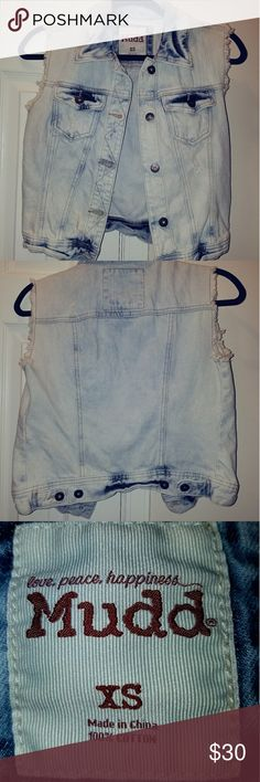 Distressed Denim Vest by Mudd Size X-Small (Runs Large - Would fit a Small)  Brand New w/o Tags.  Distressed Denim (Bleached), Frayed & Sleeveless.   Perfect for layering as the weather is changing!!  100% Cotton Mudd Jackets & Coats Vests