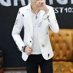 2019 Youth Slim   Blazer Men Fashion Casual Spring Print Blazer Mens Floral Blazer, Mens Fashion Blazer, Men Fashion, Casual Blazer, Men Casual, Style Masculin, Designer Suits For Men, Stylish Mens Outfits, Clothing Styles