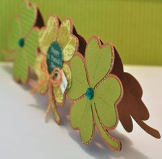 4 leaf clover trio shaped card