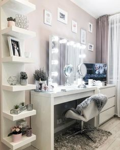 Cute Bedroom Decor, Bedroom Decor For Teen Girls, Room Design Bedroom, Stylish Bedroom, Room Ideas Bedroom, Dressing Room Decor, Dressing Room Design, Beauty Room Decor, Dream House Interior