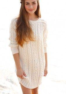 Kleid mit Zopfmustern in Wollweiß, stricken mit Rebecca - mein Strickmagazin und ggh-Garn MAXIMA (100% Merino extrafine superwash). Garnpaket zu Modell 28 aus Rebecca Nr. 59