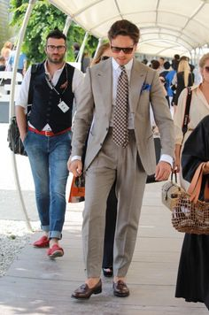 Roberto Pitti Uomo Mararo Street style 88 - Powered by Purple Louis - Day 3 - Stil Male .ro