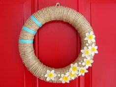 16 Adorable Handmade Spring Wreath Ideas To Adorn Your Front Door (Architecture, Art, Designs) Wreath Crafts, Diy Wreath, Wreath Ideas, Twine Wreath, Wreath Making, Diy Spring Wreath, Spring Crafts, Crafts To Make, Arts And Crafts