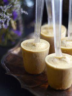 Simple Coconut Cardamom Pops via Raw Desserts, Sugar Free Desserts, Paleo Dessert, Frozen Desserts, Delicious Desserts, Dessert Recipes, Frozen Treats, Healthy Vegan Snacks, Raw Vegan Recipes