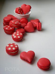 St Valentin Macarons by Les Gâteaux de Pota, via Flickr