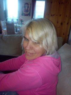 Anja Kehrbusch - Liebe grüße von sängerin Anja Busch und ein Wunsch von mein Fan !Ein Autogramm von mir !