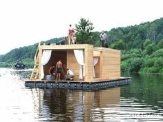 Should we make houses floodproof by going towards House Boats? Pontoon Houseboat, Houseboat Living, Pontoon Boats, Floating Dock, Floating House, Cow House, Water House, Diy Boat, Boat Stuff