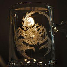 500cc【撒哈拉沙漠之蠍】蠍子王手繪玻璃雕刻八角啤酒杯 酒杯刻字 男友生日 天蠍-GA32