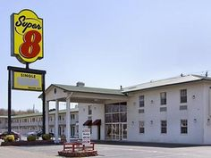 North Little Rock (AR) Super 8 Motel Little Rock North Airport United States, North America Ideally located in the prime touristic area of Gray, Super 8 Motel Little Rock North Airport promises a relaxing and wonderful visit. The hotel offers guests a range of services and amenities designed to provide comfort and convenience. Facilities for disabled guests, car park, concierge, pets allowed are just some of the facilities on offer. Each guestroom is elegantly furnished and eq...