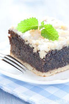 Krehký makový koláč Sweet Desserts, Healthy Desserts, Sweet Recipes, Baking Recipes, Cookie Recipes, Dessert Recipes, Czech Recipes, Big Cakes, Banana Bread Recipes
