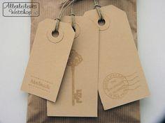 Kraft label met tekst just for you en koordje per stuk 7 x 3.5cm