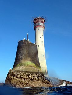 Oldest Lighthouse in Ireland | Lighthouse Keeper - Unveiling Of 3 Most Spectacular Lighthouses Of The ...