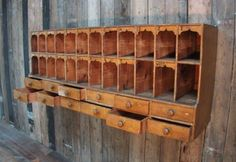 DIY - storage, organizing & display neat old wall unit Gardening With Spring Trees And Shrubs Articl Primitive Furniture, Primitive Antiques, Antique Furniture, Classic Furniture, Wood Furniture, Shabby, Old Wall, Deco Design, Design Design
