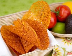 Cheddar Taco Shells- No carbs! Instead of going to the trouble of making them into shells, just cut slices of cheddar and pop in the microwave. Load your taco toppings on top. No Carb Recipes, Atkins Recipes, Mexican Food Recipes, Cooking Recipes, Healthy Recipes, Diabetic Recipes, Ketogenic Recipes, Free Recipes, Healthy Snacks