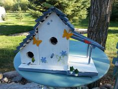Bird house made with pallet boards.