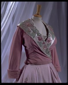 Dress and jacket | Hartnell, Norman | V&A Search the Collections
