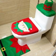 Toilet Seat Cover And Rug Bathroom Set Contour Rug Xmas Christmas Decorations For Home Papai Noel Navidad Decoracion Christmas Elf, Christmas Crafts, Christmas Ornaments, Green Christmas, Handmade Christmas, Christmas Decorations For The Home, Xmas Decorations, Christmas Bathroom Sets, Christmas Lights In Bedroom