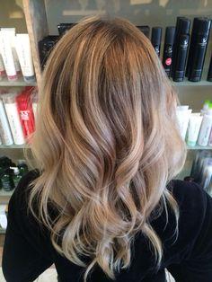 Ash blond color melt