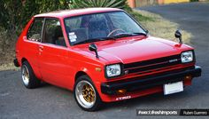Toyota Starlet Un Serie 60 desde Costa Rica – Fresh Imports Toyota Paseo, Toyota Starlet, Fiat 500, Carros Toyota, Corolla Hatchback, Chrysler Airflow, Jdm Cars, Mazda Cars, Tuner Cars