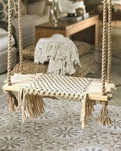 이음마크라메🧚♂️ (@ium_macrame) • Fotos e vídeos do Instagram Tapestry Bedding, Boho Tapestry, Fall Crafts, Diy Crafts, Hanging Christmas Tree, Macrame Art, Vanity Bench, Boho Decor, Interior Design