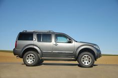 Nissan Pathfinder Bigfoot