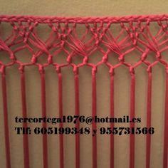 Risultati immagini per como hacer chales en macrame Saree Tassels Designs, Flamenco Costume, Micro Macramé, Crochet Borders, Macrame Tutorial, Macrame Knots, Lace Making, Crochet Accessories, Flower Patterns