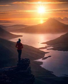Midnight sun in Norway   (: @maxrivephotography)