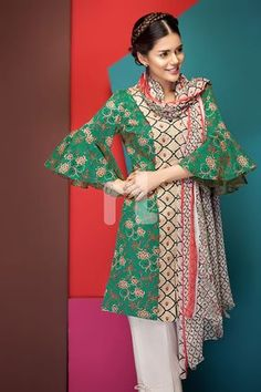 Green printed unstitched Pakistani pret wear by Nishat Linen spring clothes 2018 Stylish Dresses, Women's Fashion Dresses, Casual Dresses, Salwar Dress, Salwar Kameez, Kurti, Spring Outfits, Spring Clothes, Designer Party Wear Dresses