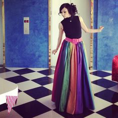 Stacey Bendet, founder of Alice + Olivia, is crazy for colors in this fun and fresh skirt. To brighten up your look, visit. Bal Harbour Shops, Rainbow Fashion, Taste The Rainbow, Beautiful Outfits, Beautiful Clothes, Pink Parties, Dress Me Up, High Fashion, High Waisted Skirt