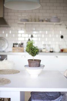 joulu arkistot - Page 6 of 117 - Uusi Kuu Kitchen Decor, Table Decorations, Interior, Blog, Inspiration, Home Decor, Home, Biblical Inspiration, Decoration Home