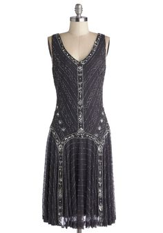 Dress in style with Great Gatsby dresses dazzeling in beaded, fringe, and sequins. Great Gatsby plus size dresses, dresses with sleeves, long dresses and Mod Dress, Dress Skirt, Dress Up, 1920s Dress, 20s Fashion, Fashion Dresses, Vintage Fashion, Retro Vintage Dresses, Vintage Outfits