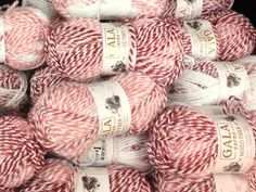 A list of sites with free knitting patterns (and you don't have to set up an. A list of sites with free knitting patterns (and you don't have to set up an… A list of sites with free knitting patterns (and you don't have to set up an account to get them) Loom Knitting, Knitting Stitches, Knitting Patterns Free, Free Knitting, Crochet Patterns, Stitch Patterns, Free Pattern, Cowl Patterns, Vintage Knitting