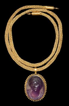 Ancient & Medieval History - Roman Amethyst Venus Cameo Pendant with Gold Chain, 1st-2nd Century AD