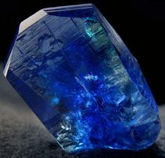 Blue tanzanite crystal with green hints