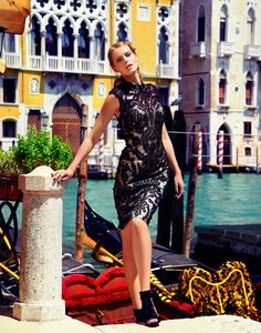 the Muse of Venice - ALEXANDRA MUNZEL - FASHION STYLIST, INTERNATIONAL