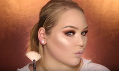 Makeup Tutorials & Makeup Tips : Glamorous and Dramatic Holiday Makeup Tutorial for 2016 - Fashion Inspire Eye Makeup Steps, Blue Eye Makeup, Eyeshadow Makeup, Makeup Tips, Makeup Tutorials, Makeup Ideas, Eyeshadow Tutorials, Easy Diy Makeup, Diy Makeup Storage