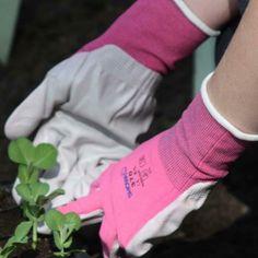 The 'Her's' version of Showa Floreo 370 Garden Gloves - Harrod Horticultural garden accessories http://www.harrodhorticultural.com/showa-floreo-370-gloves-pid8293.html