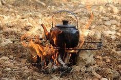 إبريق شاي على حطب