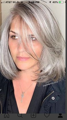 Grey Blonde Hair, Silver Grey Hair, White Hair, Medium Hair Cuts, Medium Hair Styles, Short Hair Styles, Grey Hair Transformation, Gray Hair Highlights, Grey Hair Inspiration