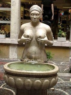fountain boobs