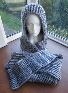 Ravelry: Chunky Ribbed Scoodie pattern by Zoe Deterding