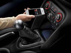 Chrysler carrega celular sem uso de fios