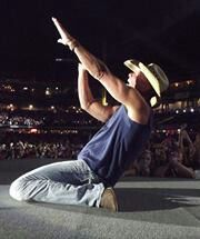 Kenny at Miller Park! Photo by Kim Peter. Country Concerts, Country Music, Kenney Chesney, Real Country Girls, Faith Hill, Baseball Players, American Singers, My Man, Country