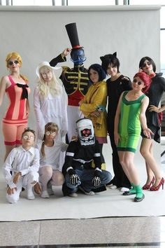 totally spies cosplay pinterest cosplay deguisement et deguisement halloween. Black Bedroom Furniture Sets. Home Design Ideas