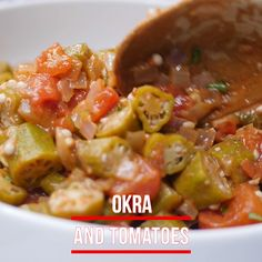 Easy Okra and Tomatoes (Fresh or Frozen) Easy Okra and Tomatoes (Fresh or Frozen) is the best Southern recipe for stewed vegetables with bacon seasoned with Creole Seasoning. This dish is quick to make using canned tomatoes. Okra Gumbo, Okra Stew, New Recipes, Vegetarian Recipes, Cooking Recipes, Healthy Recipes, Healthy Southern Recipes, Cooking Tips, Cooking Okra