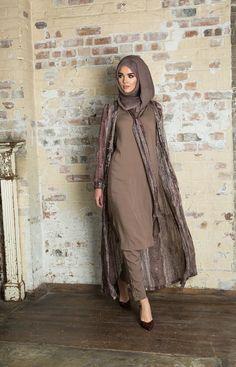 Hijab Fashion 2016, Muslim Women Fashion, Islamic Fashion, Abaya Fashion, Modest Fashion, Fashion Outfits, Fashion Ideas, Hijab Trends, Outfit Trends